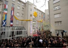 No dia 23 de janeiro de 2010, autoridades de toda a Europa uniram-se com quase mil Scientologists e simpatizantes para marcar a inauguração da sede de Bruxelas das Igrejas de Scientology para a Europa.